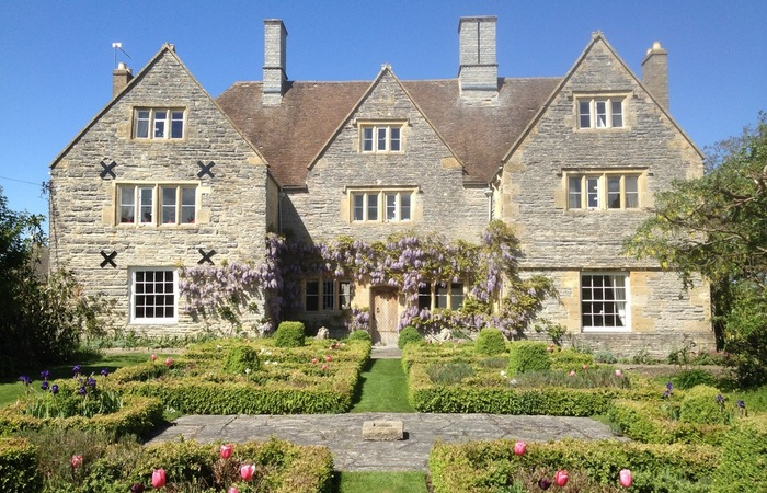 An image of 'The Manor'