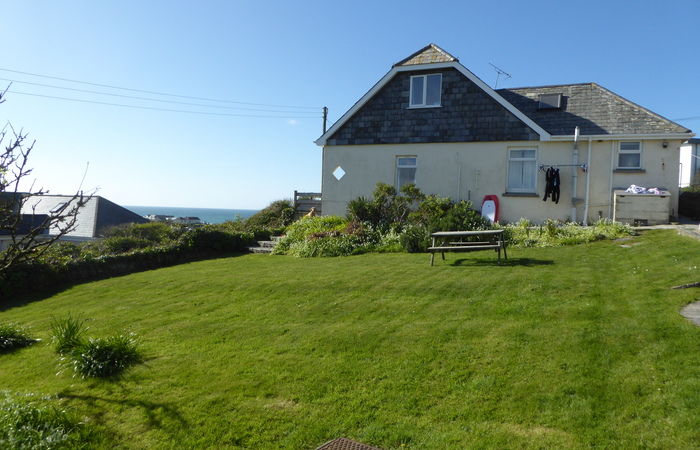 An image of '4 Bedroom Family Holiday House in Polzeath '