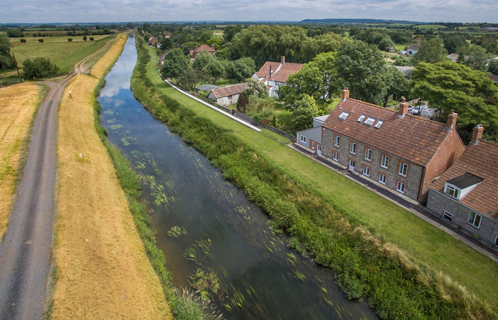 An image of 'Riverside '